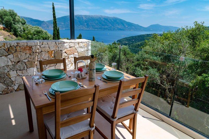 Villa Elisabeth Sea View Private Pool Fiskardo Kefaonia, location de vacances à Platrithias