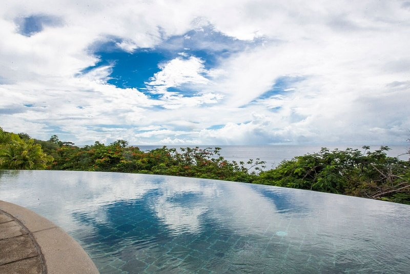 Relax in your private infinity pool!