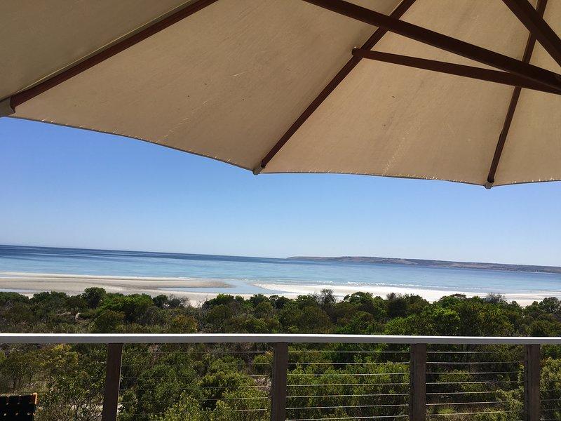 Kangaroo Island, Island Beach - Alchemy on Island Beach Absolute Beachfront, holiday rental in Island Beach