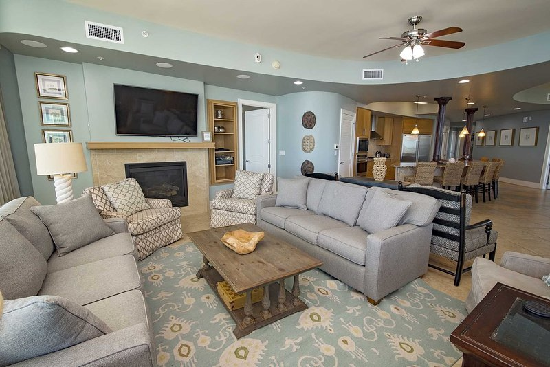 Spring Into A Vacation ~ 4 Bedroom ~ Sleeps 15 ~ Turquoise Place ...