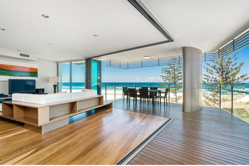 Kirra Wave 702 - Strictly for those seeking a luxury beachfront escape!, vacation rental in Tallebudgera