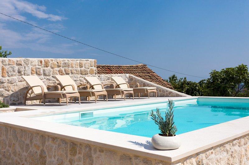 Hedera Estate, Villa Hedera VIII, holiday rental in Orasac
