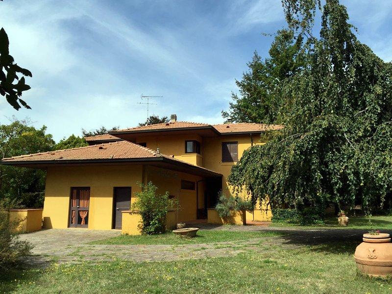 Tenuta de Paoli villa con piscina in Toscana, holiday rental in Castellina Marittima