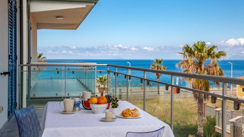 Cobalto - Terraces d'Orlando, vacation rental in Rocca di Capri Leone