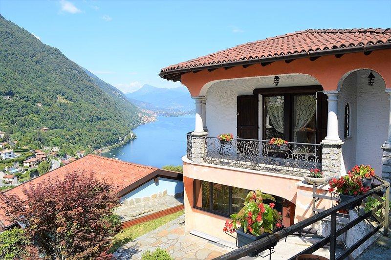 Amazing view on the lake Como, Villa Letizia, holiday rental in Argegno
