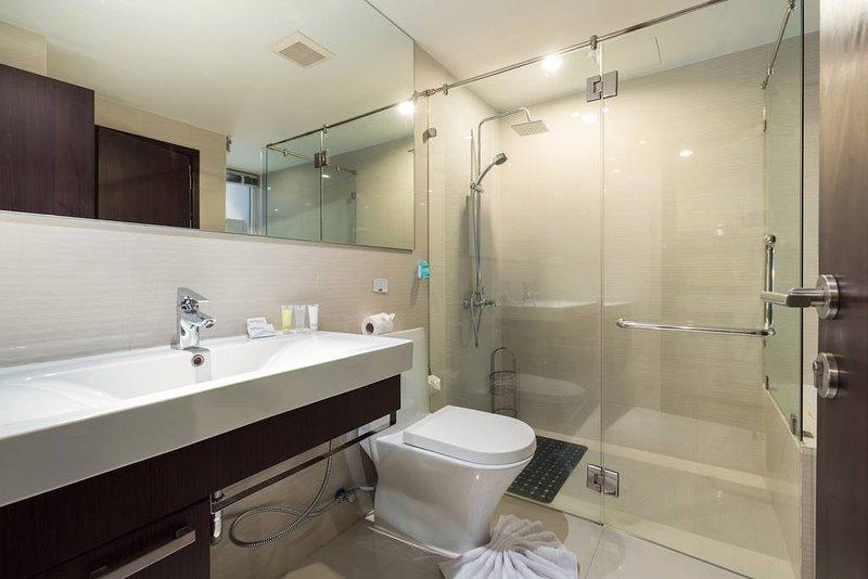Doccia e servizi igienici