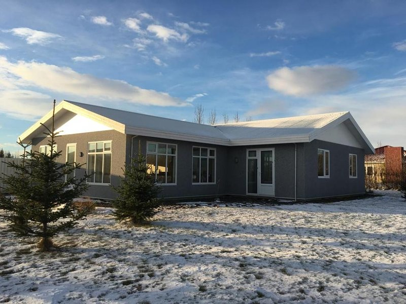 Aska Guesthouse, vacation rental in Fludir