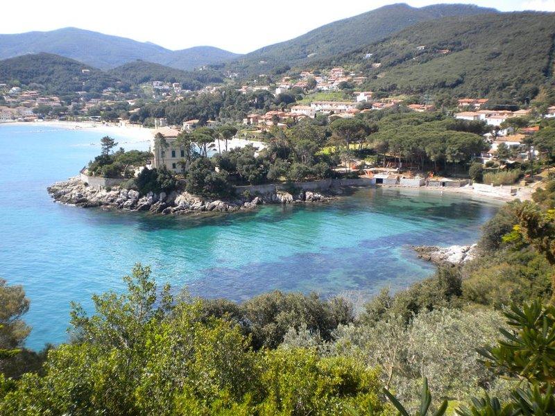 Apartment To Rent Isola D'elba Italy, casa vacanza a Rio Marina