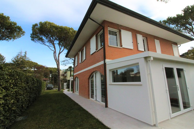 Villa Rubino Type E, vacation rental in Lignano Riviera