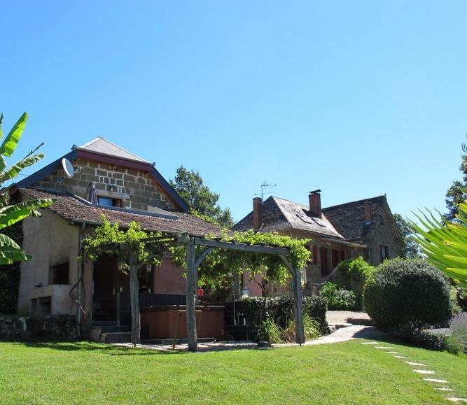 Les sources, Gîtes de charme à Objat en Correze, vacation rental in Juillac