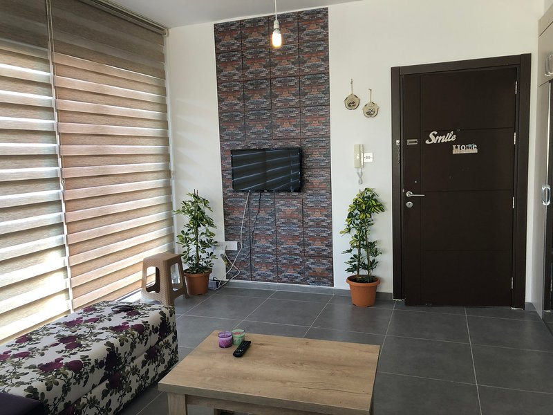 Brand New. Easy Access. Comfortable Space., holiday rental in Gonyeli