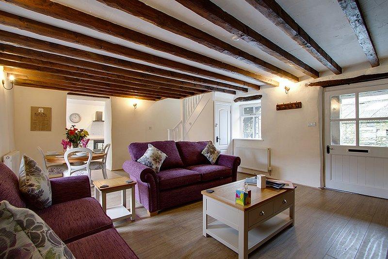 Duddon View Cottage - Sleeps 4 in Seathwaite, Lake District NP, Cumbria, vacation rental in Duddon Valley
