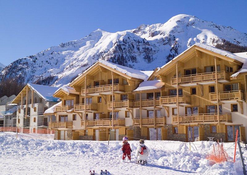 Ski the pistes of France!