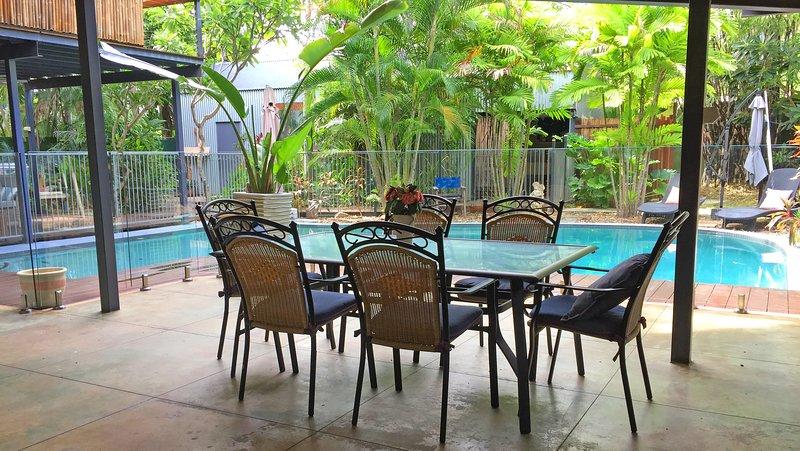 Darwin Rapid Creek Nightcliff Foreshore Luxury Whole Apartment Huge Pool, casa vacanza a Nightcliff