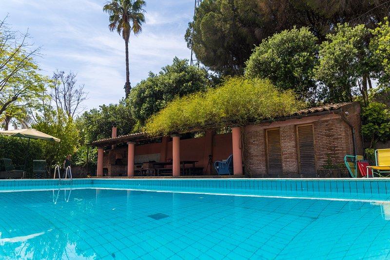 Piscina y área de barbacoa Villa Del Filosofo por SUNTRIPSICILY