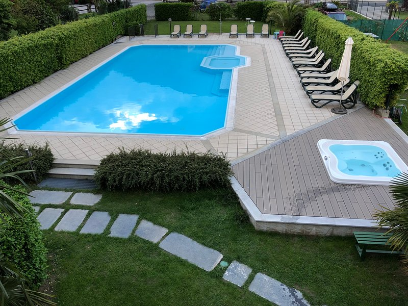 Residence Geranio - Schwimmbad
