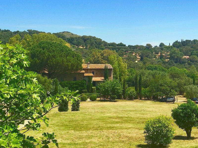 Porto Ercole,Tuscany Coast: Classic Charm in Fabulous 18th c. Farmhouse now Chic, vacation rental in Porto Ercole