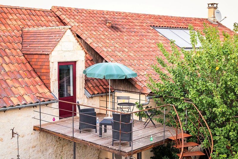 Domaine des Ormeaux Chambre Lucy / Adults Only, holiday rental in Fossemagne