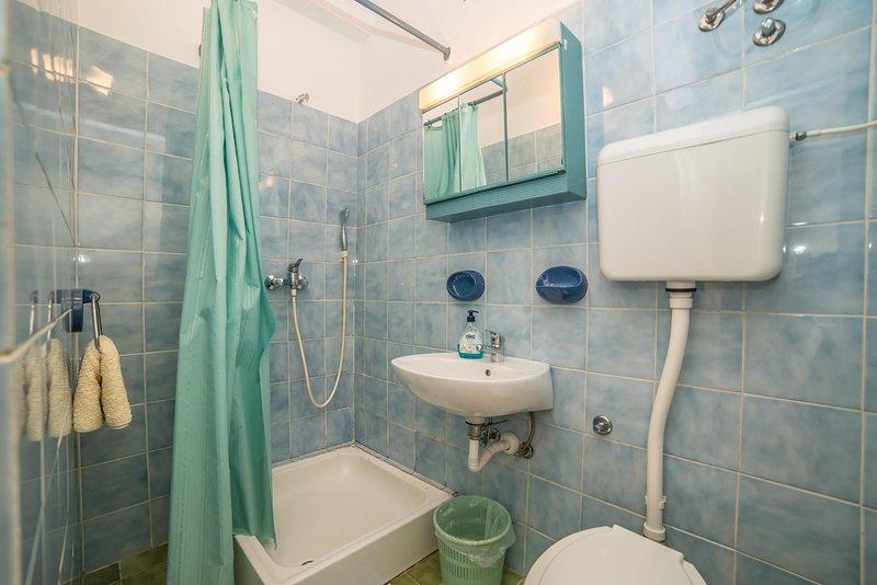 Habitación, interior, lavabo, baño, bañera