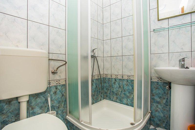 Indoors,Room,Bathroom