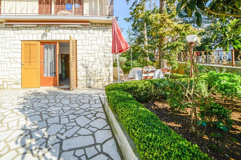 Flagstone,Outdoors,Garden,Arbour,Tree