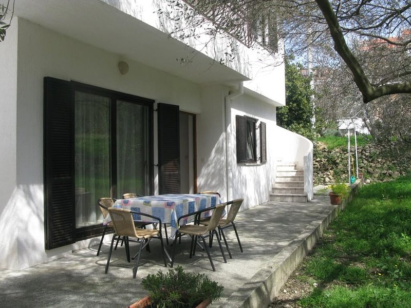 Chaise, meubles, patio, table, table à manger
