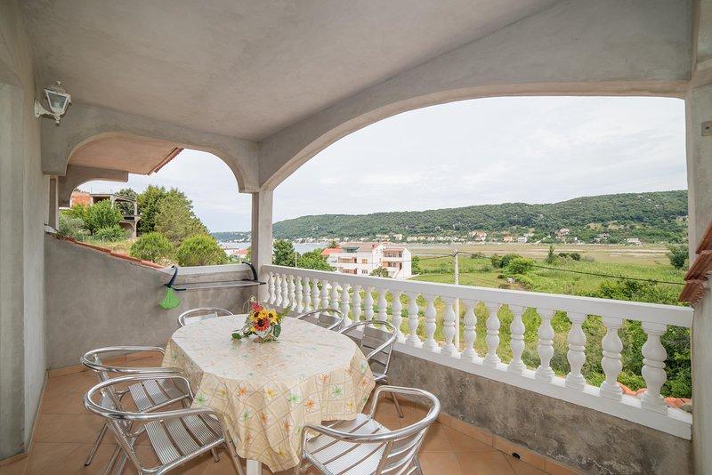 Chair,Furniture,Balcony,Porch,Patio