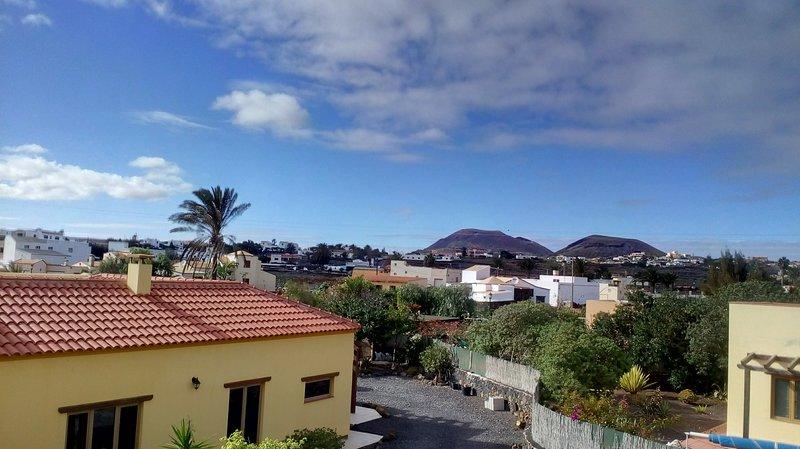Terrasse sur le toit vue sur le village.