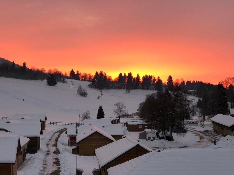 appartement aux pieds des pistes de ski de fond, aluguéis de temporada em Remoray-Boujeons
