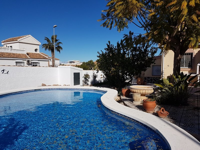 Ref A5 Neptuno 2 bed 2 bath with private pool, vacation rental in Mazarron