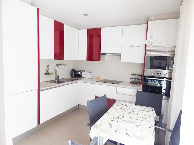 Apartment in Platja d'Aró with terrace and communal pool - RIDAURA-BXS3, holiday rental in Castell-Platja d'Aro