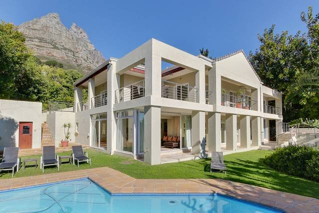 100 Geneva Drive, vacation rental in Camps Bay
