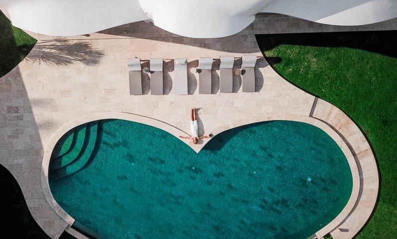 The Cloud Unique Beachfront Villa, alquiler vacacional en Tegal Mengkeb
