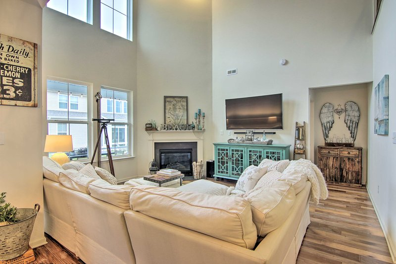 Luxe Townhome w/Patio, Bus to Bethany Beach, alquiler vacacional en Frankford