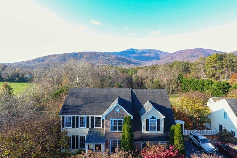 Blötlägg i panoramautsikt över bergen från lägenheten!