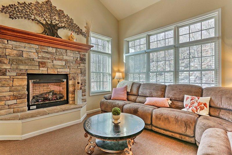 Entspannen Sie sich in diesem luxuriösen 5-Schlafzimmer, 3,5-Badezimmer-Ferienhaus für 13.