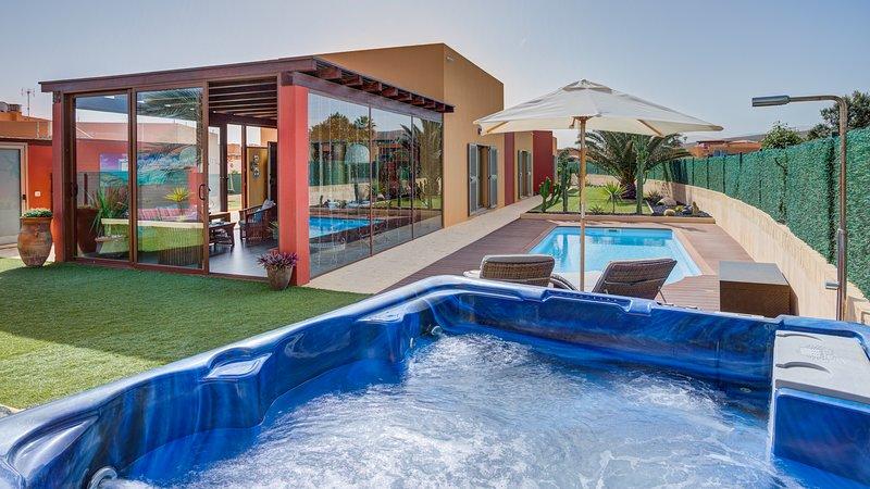 Villa Valentina / Piscina climatizada / Wifi, location de vacances à Pozo Negro