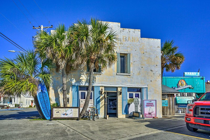 Experience a classic fishing town and the charm of Carrabelle.