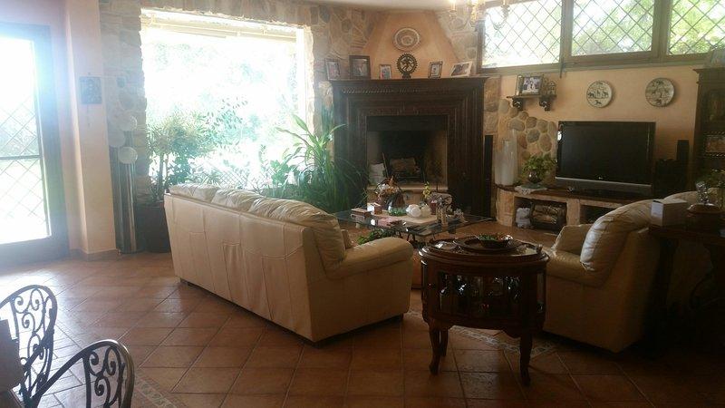 appartamento in villa, alquiler vacacional en Ponte Galeria