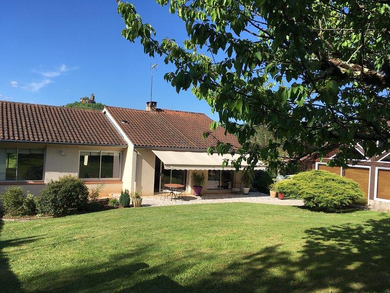 Location maison de vacances SAINT-CERE - Villa location avec vue, location de vacances à Autoire