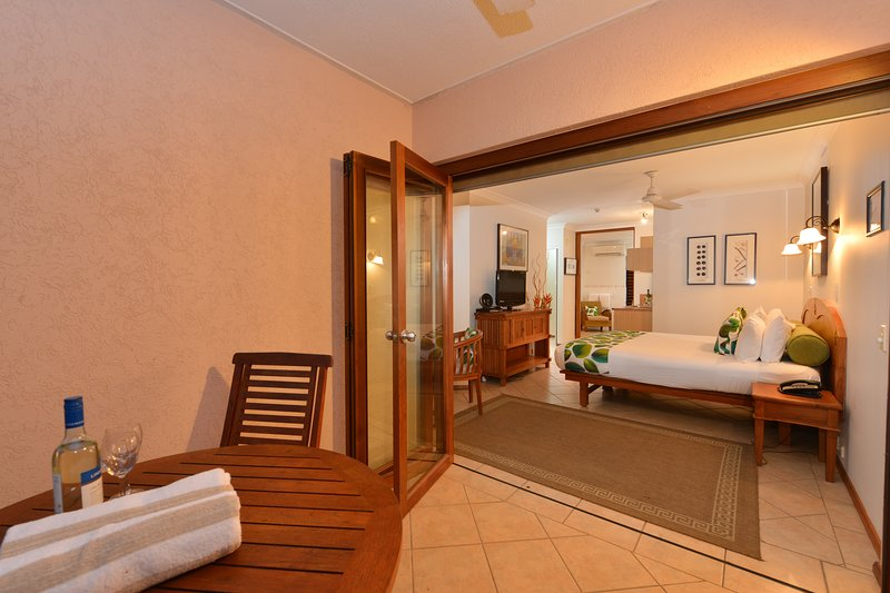 Balinese Style Studio - In the hart of Port, vacation rental in Port Douglas