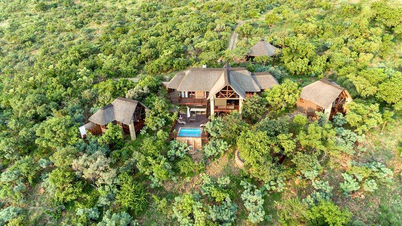 Warthog Lodge – Mabalingwe Game Reserve, casa vacanza a Provincia di Limpopo