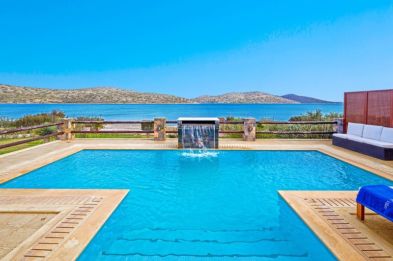 Luxury,family,view,pool,relaxing, holiday rental in Agia Paraskevi