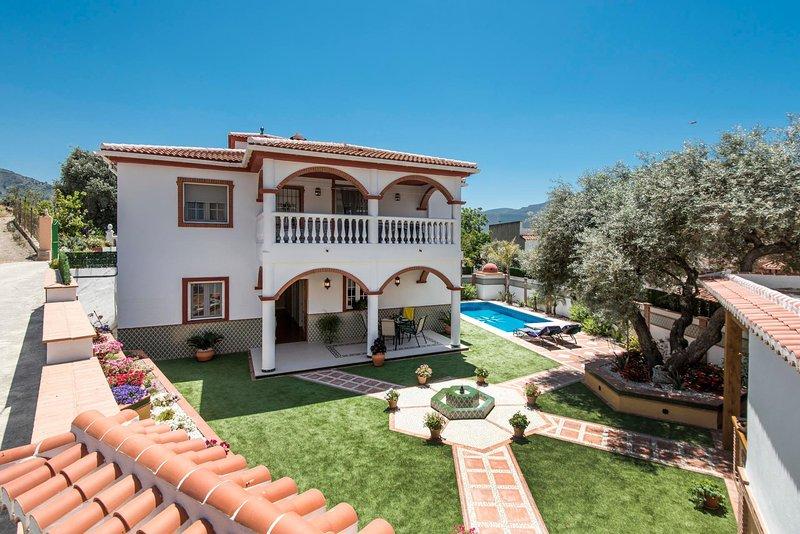 Orgiva Villa Sleeps 4 with Pool and WiFi - 5604499, holiday rental in Carataunas