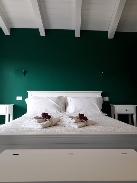 Il Borgo B&B corato, holiday rental in Castel del Monte