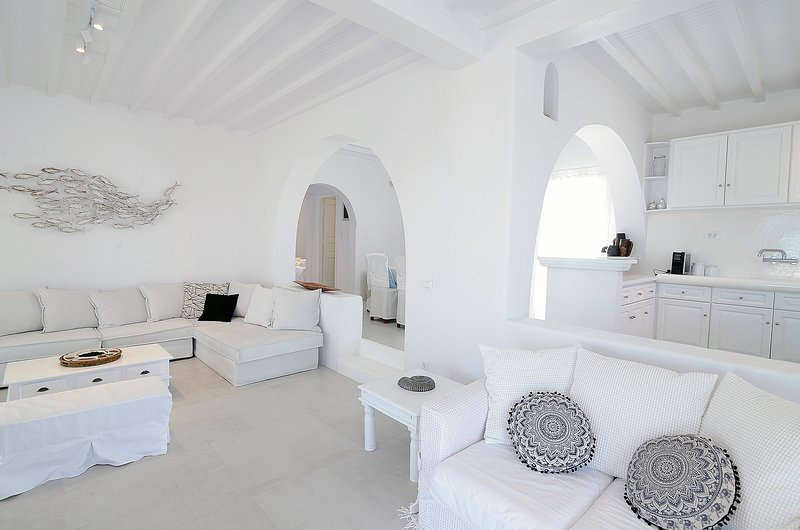 Blue eye Villa Mykonos, holiday rental in Kalafatis