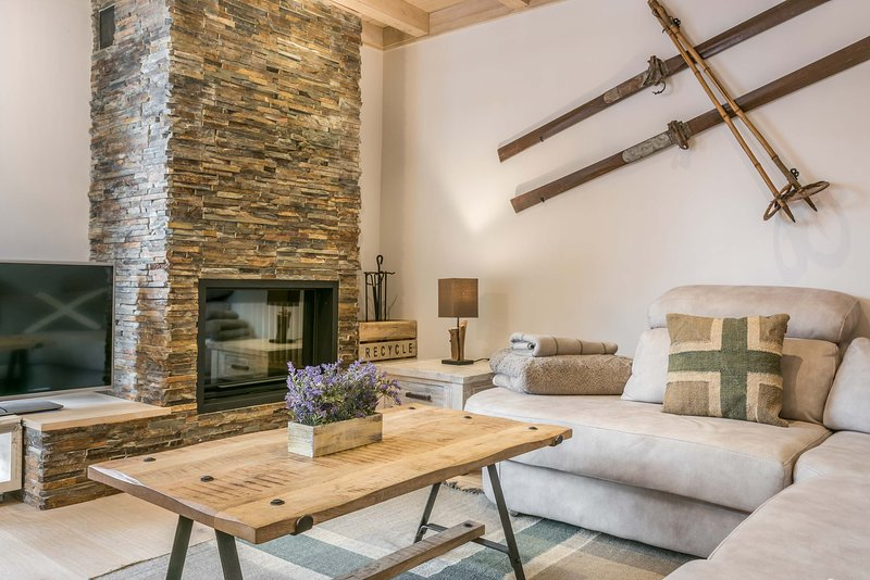 Val de Ruda Luxe 33 by FeelFree Rentals, holiday rental in Baqueira