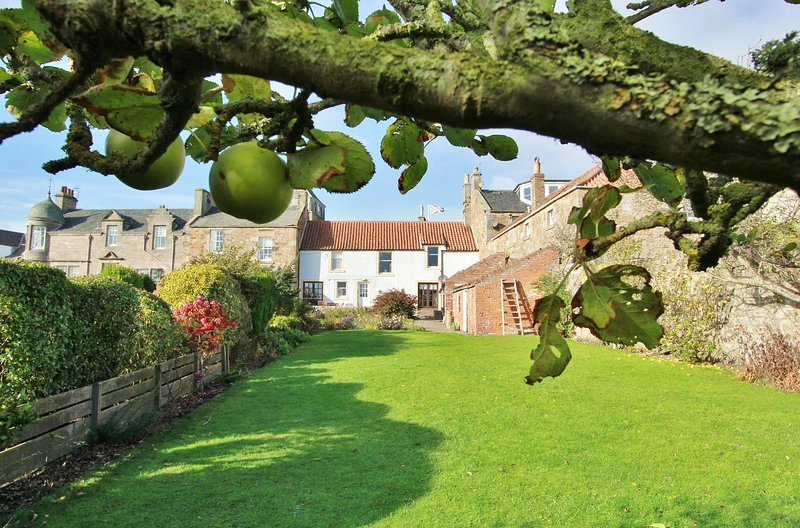 St Anne's Cottage in the Heart of Crail, holiday rental in Crail