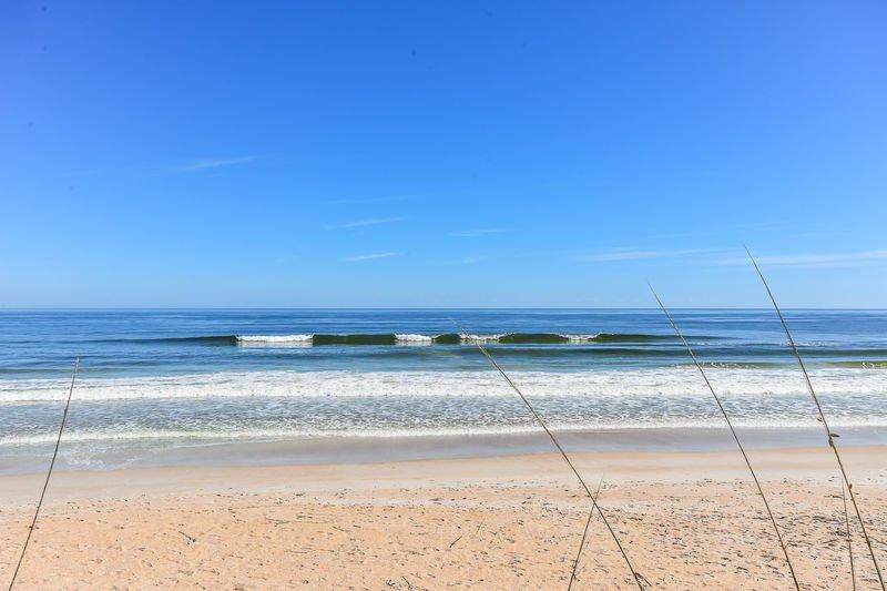 Beautiful NSB. Catch a wave!