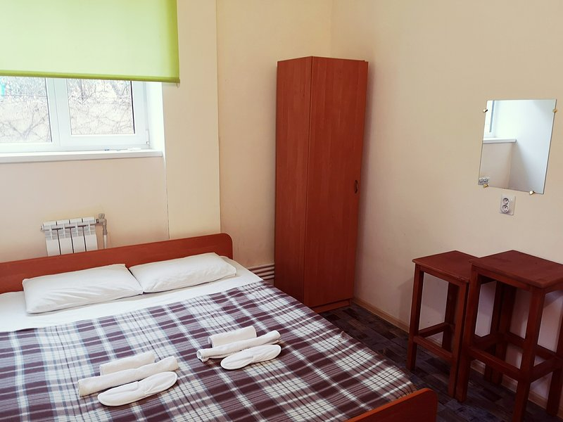 Economy hotel Morskoy briz, vacation rental in Vesyoloye